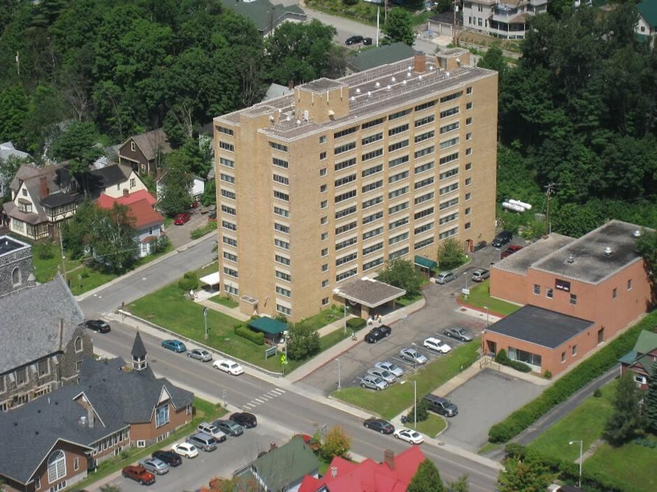 De Chantal Apartments